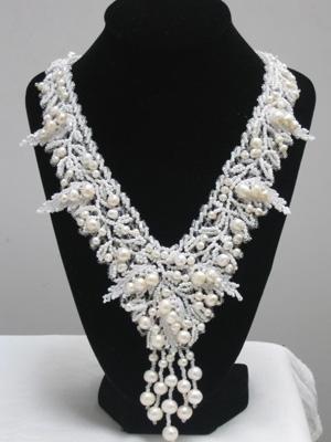 Ожерелье,,Нежность,,натуральный жемчуг с добавлением бисера.