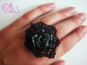 черная роза с бархатом, Авторские кольца, авторские украшения ручной работы
