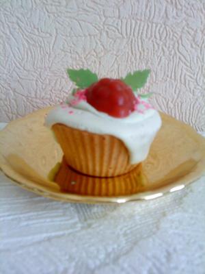 Мыло «Кекс с малинкой», Мыло в виде фруктов, мыло в виде торта