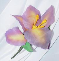 Брошь цветок из ткани Ирис